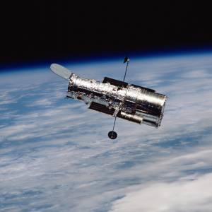 تلسکوپ هابل اوقات فراغت خود را چگونه پُر میکند؟